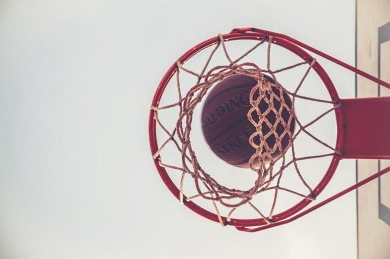 Jaką piłkę do koszykówki wybrać