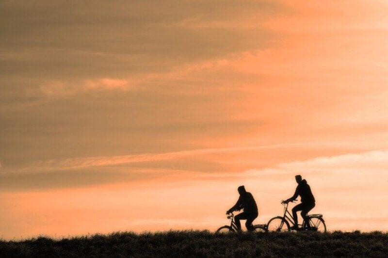 Licznik rowerowy: przydatny gadżet na rowerowe wyprawy